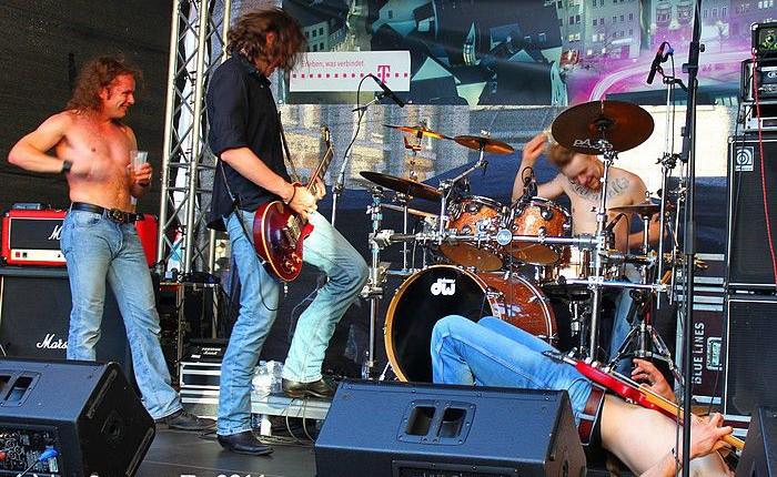 Mind_The_Gaep_-_Stadtfest_Neu-Isenburg_2011_-_Foto_von_Susanne_Tadic_02