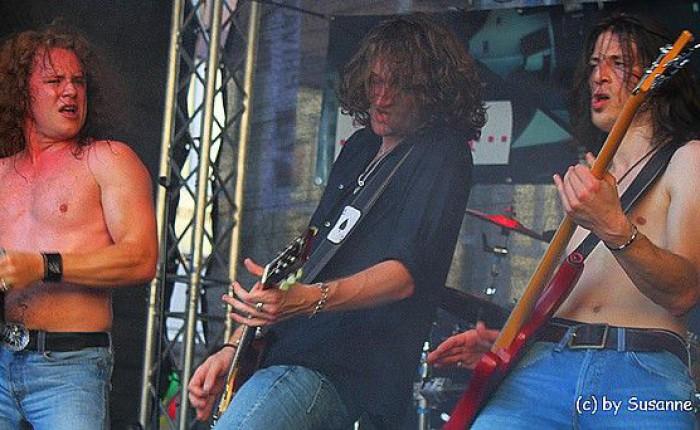 Mind_The_Gaep_-_Stadtfest_Neu-Isenburg_2011_-_Foto_von_Susanne_Tadic_43